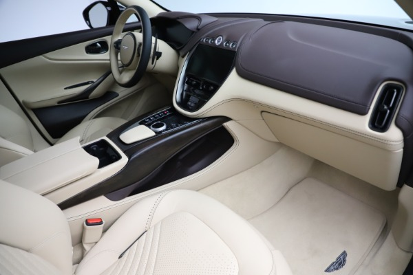 New 2021 Aston Martin DBX for sale $215,386 at Pagani of Greenwich in Greenwich CT 06830 22
