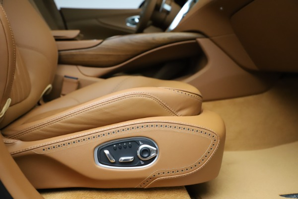 New 2021 Aston Martin DBX SUV for sale $221,386 at Pagani of Greenwich in Greenwich CT 06830 20