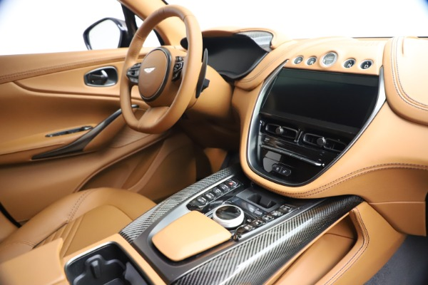 New 2021 Aston Martin DBX SUV for sale $264,386 at Pagani of Greenwich in Greenwich CT 06830 20