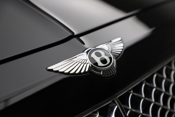 Used 2018 Bentley Bentayga Onyx Edition for sale $147,900 at Pagani of Greenwich in Greenwich CT 06830 10