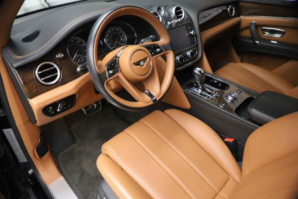 Used 2018 Bentley Bentayga Onyx Edition for sale $144,900 at Pagani of Greenwich in Greenwich CT 06830 12