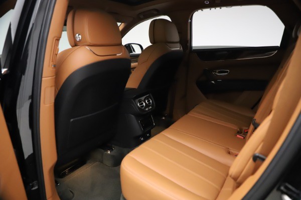 Used 2018 Bentley Bentayga Onyx Edition for sale $147,900 at Pagani of Greenwich in Greenwich CT 06830 16