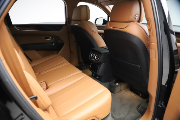 Used 2018 Bentley Bentayga Onyx Edition for sale $144,900 at Pagani of Greenwich in Greenwich CT 06830 23