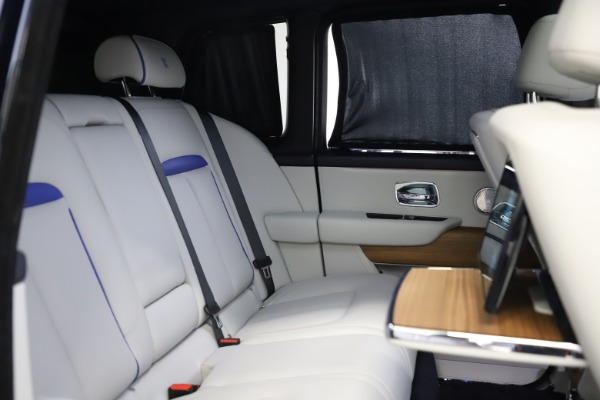 Used 2019 Rolls-Royce Cullinan for sale $349,900 at Pagani of Greenwich in Greenwich CT 06830 22