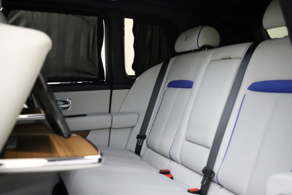 Used 2019 Rolls-Royce Cullinan for sale $349,900 at Pagani of Greenwich in Greenwich CT 06830 25