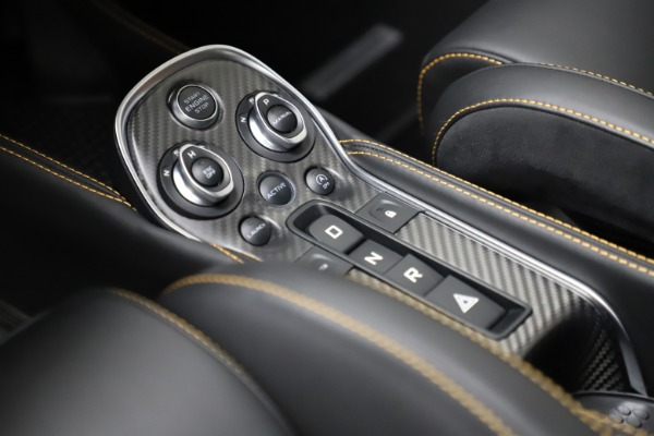 Used 2019 McLaren 600LT for sale $234,900 at Pagani of Greenwich in Greenwich CT 06830 17