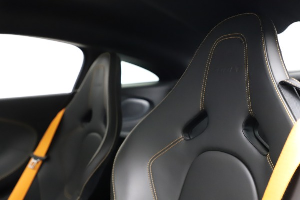 Used 2019 McLaren 600LT for sale $234,900 at Pagani of Greenwich in Greenwich CT 06830 18