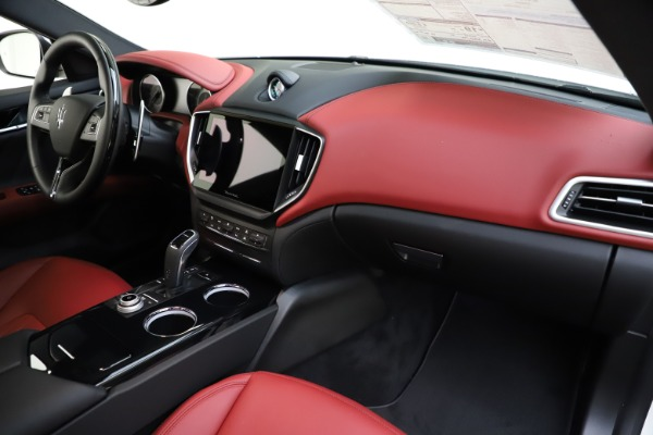 New 2021 Maserati Ghibli S Q4 GranLusso for sale $95,835 at Pagani of Greenwich in Greenwich CT 06830 24