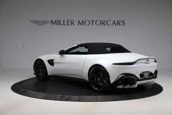 New 2021 Aston Martin Vantage Roadster Convertible for sale $189,186 at Pagani of Greenwich in Greenwich CT 06830 23