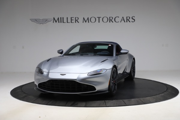 New 2021 Aston Martin Vantage Roadster Convertible for sale $199,285 at Pagani of Greenwich in Greenwich CT 06830 14
