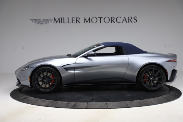 New 2021 Aston Martin Vantage Roadster Convertible for sale $199,285 at Pagani of Greenwich in Greenwich CT 06830 16