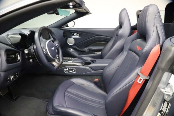New 2021 Aston Martin Vantage Roadster Convertible for sale $199,285 at Pagani of Greenwich in Greenwich CT 06830 21