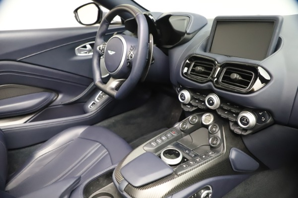 New 2021 Aston Martin Vantage Roadster Convertible for sale $199,285 at Pagani of Greenwich in Greenwich CT 06830 25