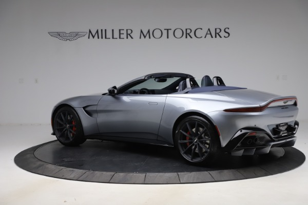 New 2021 Aston Martin Vantage Roadster Convertible for sale $199,285 at Pagani of Greenwich in Greenwich CT 06830 3