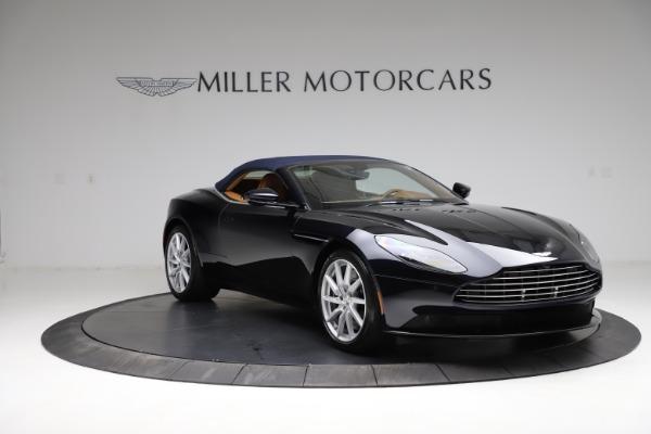 New 2021 Aston Martin DB11 Volante for sale $265,186 at Pagani of Greenwich in Greenwich CT 06830 24