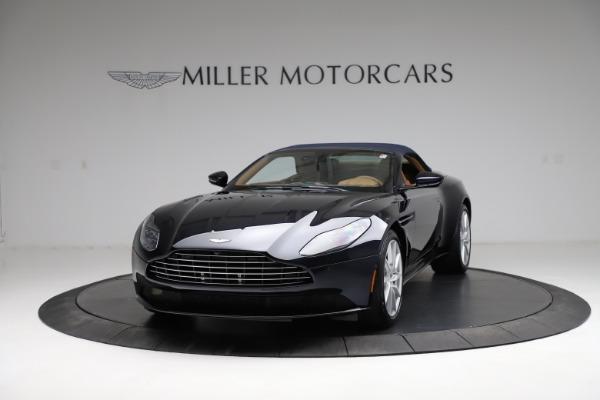 New 2021 Aston Martin DB11 Volante for sale $265,186 at Pagani of Greenwich in Greenwich CT 06830 25