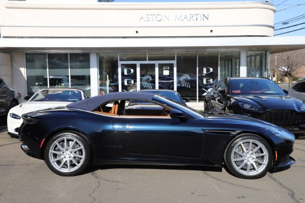 New 2021 Aston Martin DB11 Volante for sale $265,186 at Pagani of Greenwich in Greenwich CT 06830 27