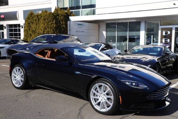 New 2021 Aston Martin DB11 Volante for sale $265,186 at Pagani of Greenwich in Greenwich CT 06830 28