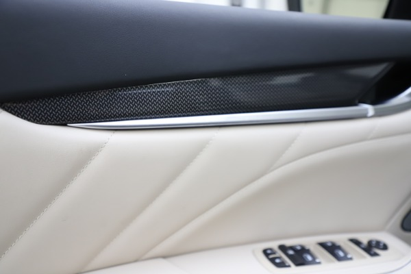 New 2021 Maserati Levante S Q4 GranLusso for sale $106,235 at Pagani of Greenwich in Greenwich CT 06830 19