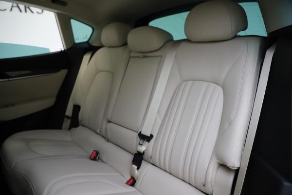 New 2021 Maserati Levante S Q4 GranLusso for sale $106,235 at Pagani of Greenwich in Greenwich CT 06830 20