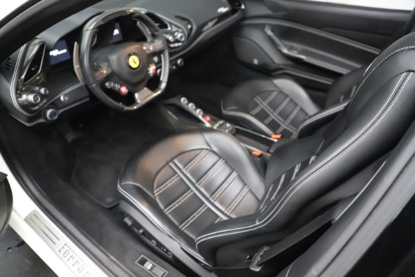 Used 2017 Ferrari 488 Spider for sale $289,900 at Pagani of Greenwich in Greenwich CT 06830 17