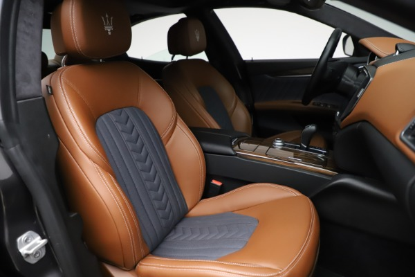 Used 2018 Maserati Ghibli SQ4 GranLusso for sale $51,900 at Pagani of Greenwich in Greenwich CT 06830 23