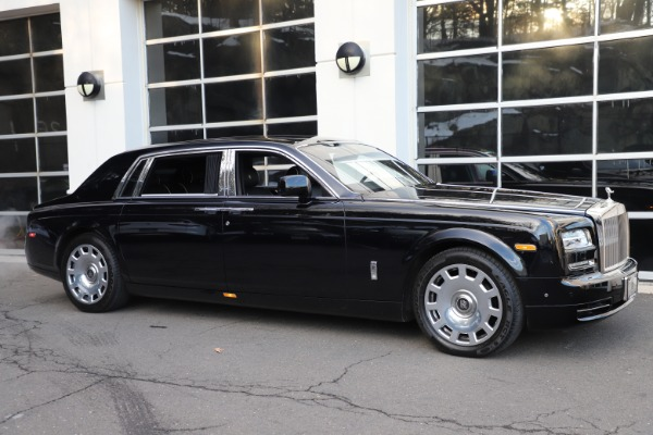 Used 2015 Rolls-Royce Phantom EWB for sale $299,900 at Pagani of Greenwich in Greenwich CT 06830 3