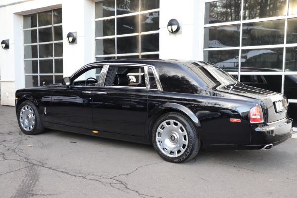 Used 2015 Rolls-Royce Phantom EWB for sale $299,900 at Pagani of Greenwich in Greenwich CT 06830 7
