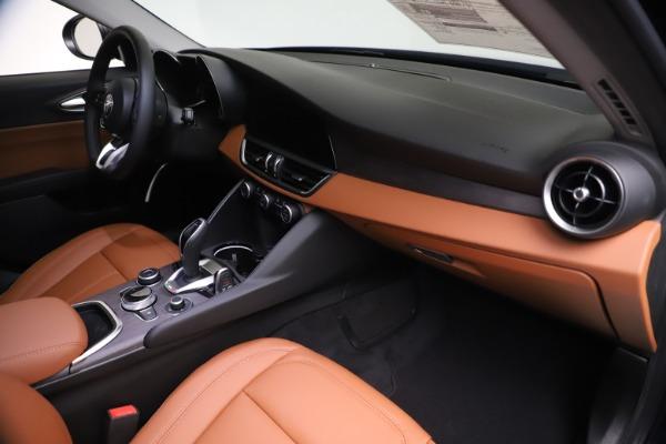 New 2021 Alfa Romeo Giulia Ti Q4 for sale $51,100 at Pagani of Greenwich in Greenwich CT 06830 22