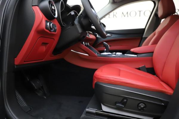 New 2021 Alfa Romeo Stelvio Q4 for sale $48,050 at Pagani of Greenwich in Greenwich CT 06830 14