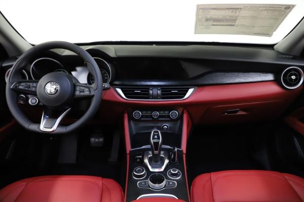 New 2021 Alfa Romeo Stelvio Q4 for sale $48,050 at Pagani of Greenwich in Greenwich CT 06830 16