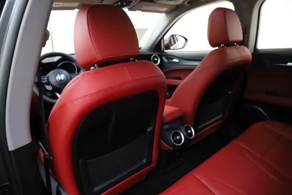 New 2021 Alfa Romeo Stelvio Q4 for sale $48,050 at Pagani of Greenwich in Greenwich CT 06830 20