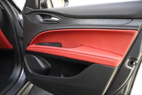 New 2021 Alfa Romeo Stelvio Q4 for sale $48,050 at Pagani of Greenwich in Greenwich CT 06830 25