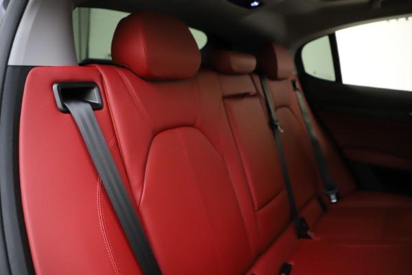 New 2021 Alfa Romeo Stelvio Q4 for sale $48,050 at Pagani of Greenwich in Greenwich CT 06830 26