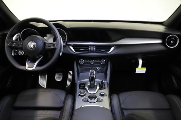 New 2021 Alfa Romeo Stelvio Ti Sport Q4 for sale $56,450 at Pagani of Greenwich in Greenwich CT 06830 16