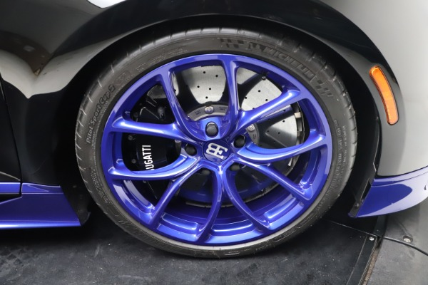 Used 2018 Bugatti Chiron for sale Call for price at Pagani of Greenwich in Greenwich CT 06830 28