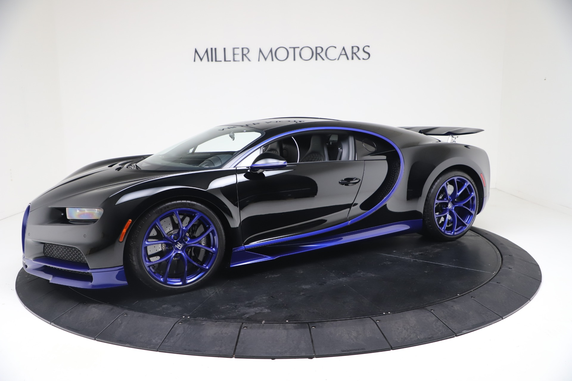 Used 2018 Bugatti Chiron for sale Call for price at Pagani of Greenwich in Greenwich CT 06830 1