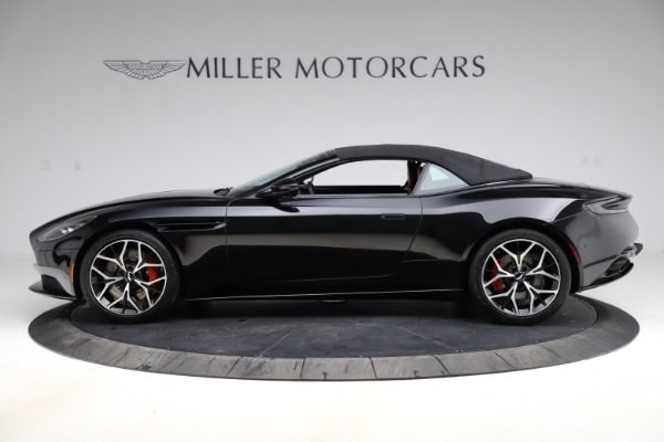 Used 2019 Aston Martin DB11 Volante for sale $204,900 at Pagani of Greenwich in Greenwich CT 06830 24