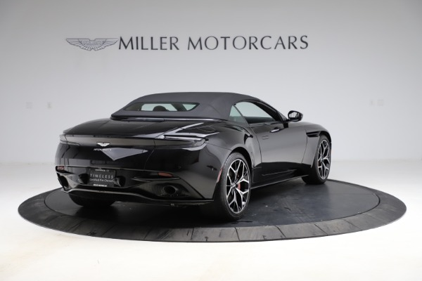 Used 2019 Aston Martin DB11 Volante for sale $204,900 at Pagani of Greenwich in Greenwich CT 06830 26