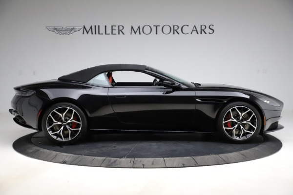 Used 2019 Aston Martin DB11 Volante for sale $204,900 at Pagani of Greenwich in Greenwich CT 06830 27