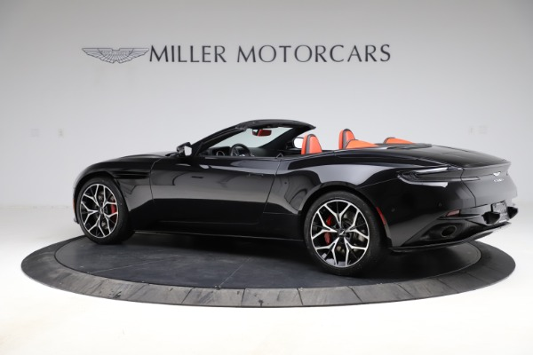 Used 2019 Aston Martin DB11 Volante for sale $204,900 at Pagani of Greenwich in Greenwich CT 06830 3