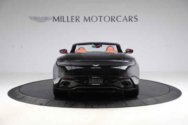 Used 2019 Aston Martin DB11 Volante for sale $204,900 at Pagani of Greenwich in Greenwich CT 06830 5