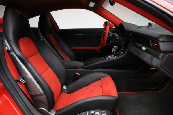 Used 2018 Porsche 911 GT2 RS for sale $325,900 at Pagani of Greenwich in Greenwich CT 06830 19