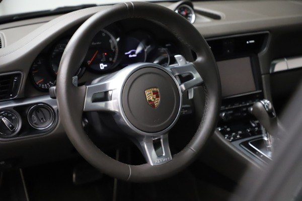 Used 2015 Porsche 911 Turbo for sale $109,900 at Pagani of Greenwich in Greenwich CT 06830 16