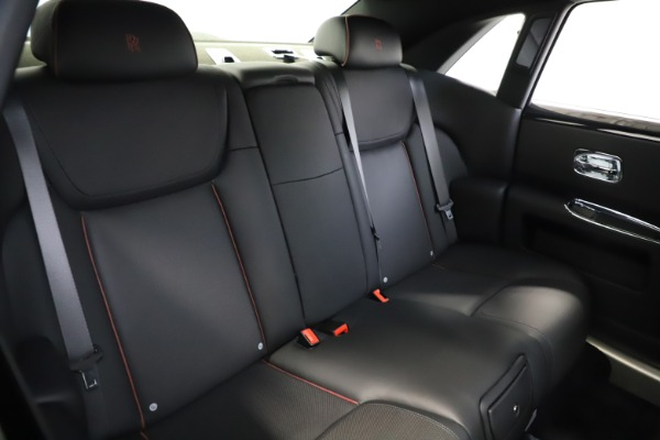Used 2016 Rolls-Royce Ghost for sale $165,900 at Pagani of Greenwich in Greenwich CT 06830 17