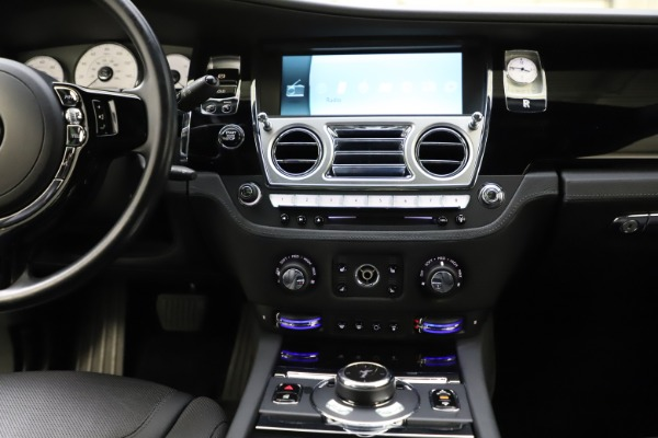 Used 2016 Rolls-Royce Ghost for sale $165,900 at Pagani of Greenwich in Greenwich CT 06830 26