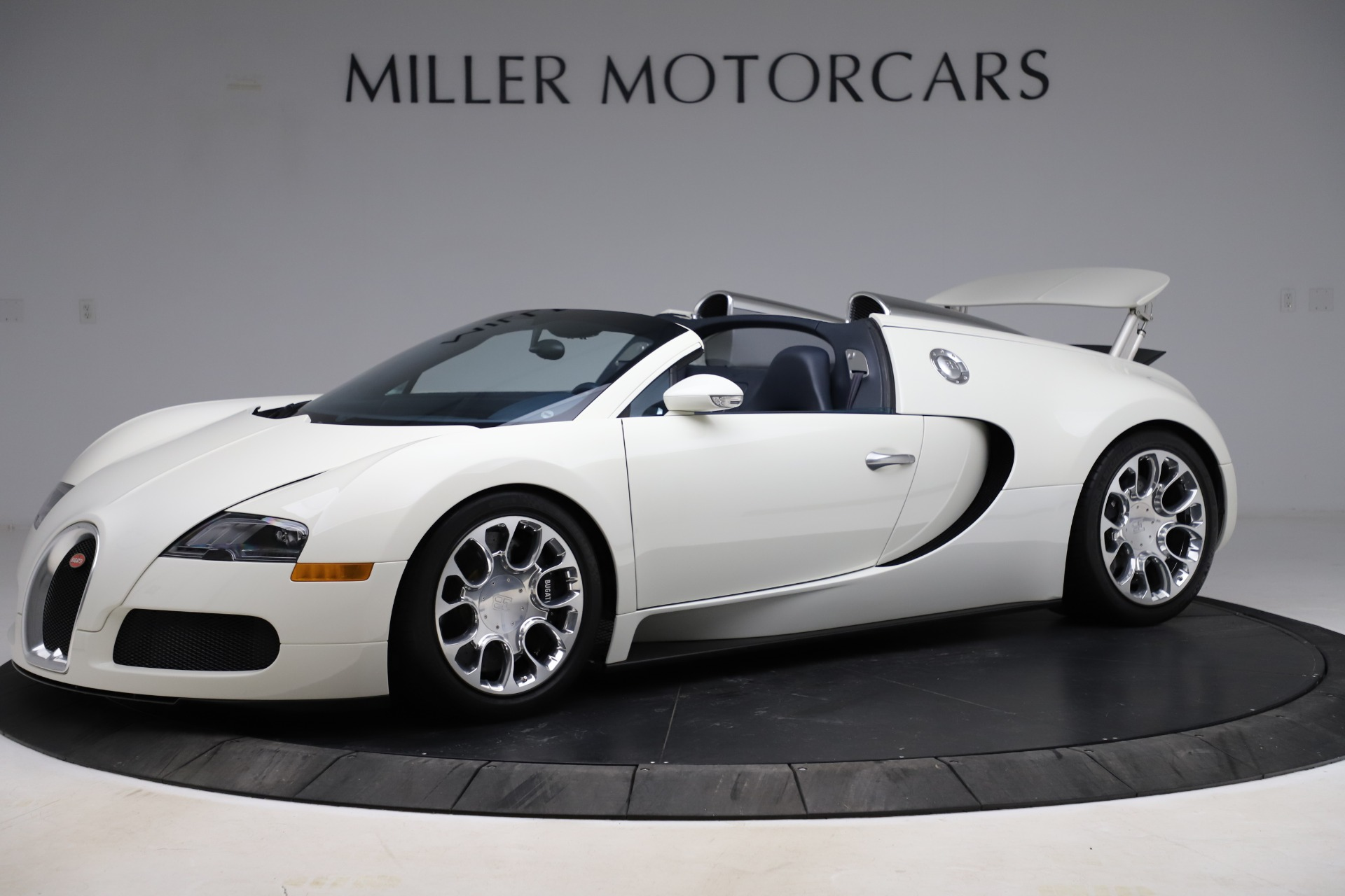 Used 2010 Bugatti Veyron 16.4 Grand Sport for sale Call for price at Pagani of Greenwich in Greenwich CT 06830 1