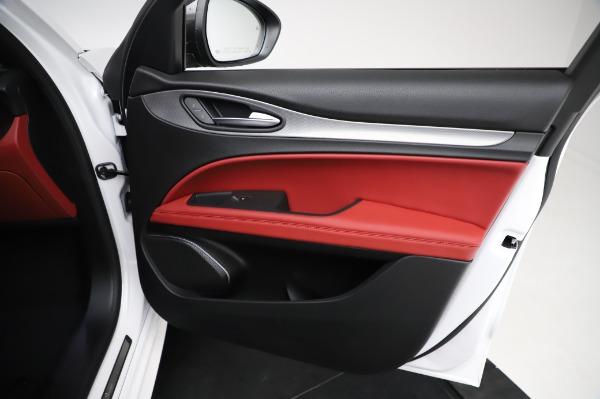 New 2021 Alfa Romeo Stelvio Ti Sport Q4 for sale $58,740 at Pagani of Greenwich in Greenwich CT 06830 24