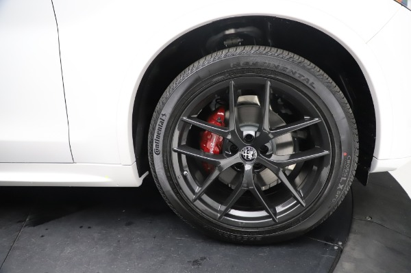 New 2021 Alfa Romeo Stelvio Ti Sport Q4 for sale $58,740 at Pagani of Greenwich in Greenwich CT 06830 28
