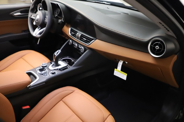 New 2021 Alfa Romeo Giulia Ti Q4 for sale $52,600 at Pagani of Greenwich in Greenwich CT 06830 23
